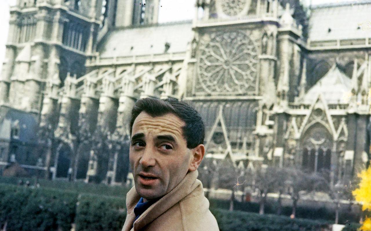 Charles Aznavour filmde zijn eigen leven.