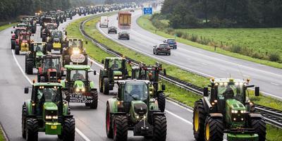 De trekkers zorgden voor vertraging op de snelwegen. FOTO ANP