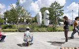 Urban Sketchers leggen het Stationsplein in Leeuwarden vast: 'Het moet hier nog wat meer bekend worden'