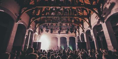 De IJslandse band GusGus in Post Plaza, op Explore The North 2014. FOTO RUBEN VAN VLIET