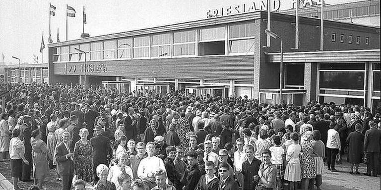 Bezoekers van De Frisiana in 1963.