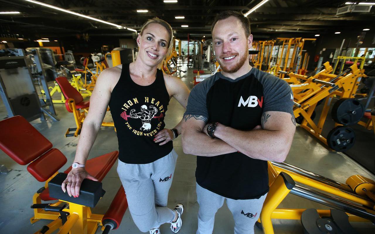 Annelies Fortuin (32) is sportschool Gym Iron Heart begonnen met haart vriend Bram.