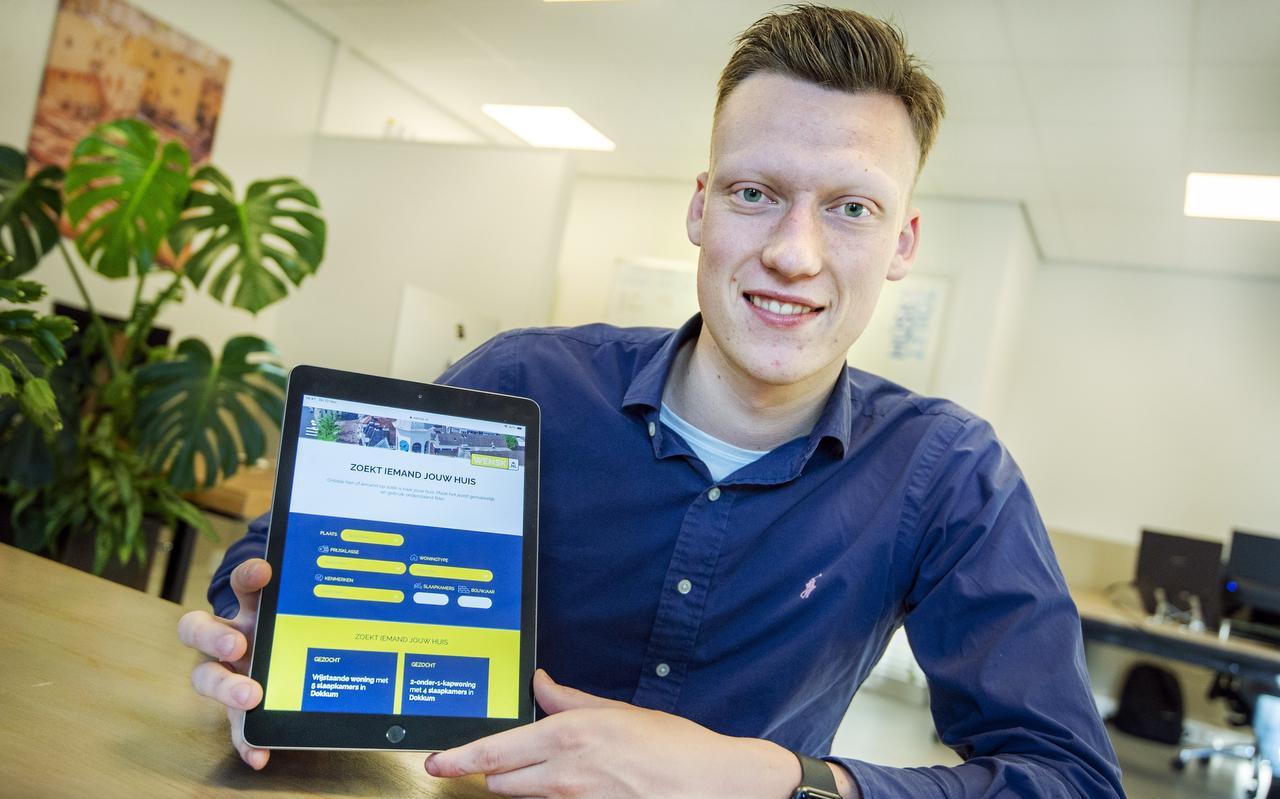 Tjerk Pieter de Vries uit Dokkum heeft succesvolle site Wensk opgericht voor makelaars. Bedoeld voor mensen die een woning zoeken.  FOTO MARCEL VAN KAMMEN