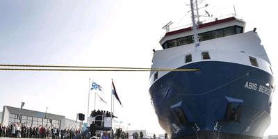 De doop van de Abis Bergen in 2010. Dit schip komt als een van de eerste in veiling. FOTO ARCHIEF LC