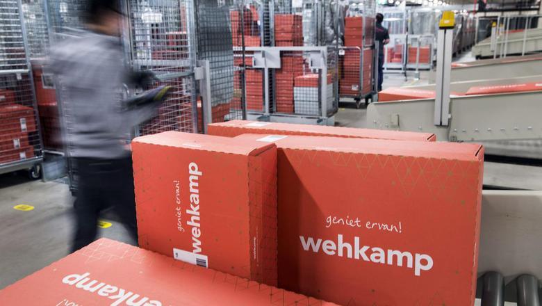 Het distributiecentrum van Wehkamp. foto ANP/VINCENT JANNINK