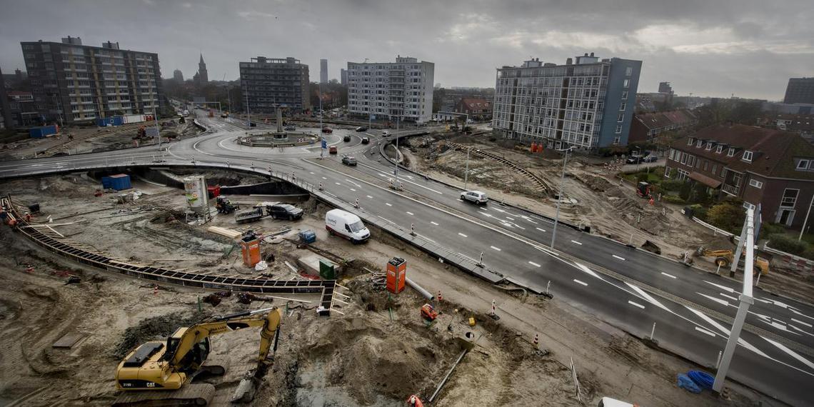 Het vernieuwde Europaplein. FOTO HOGE NOORDEN/JACOB VAN ESSEN