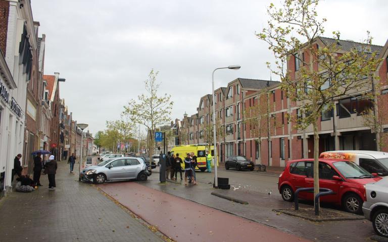 Ravage op Zuidvliet in Leeuwarden na botsing.