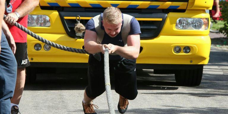 https://www.lc.nl/friesland/1vt47c-vrachtwagentrek11/ALTERNATES/WIDE_768/vrachtwagentrek11