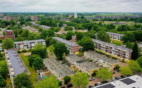 Bewoners voorzichtig blij met metamorfose in Heechterp in Leeuwarden: 'Aftandse sovjetbunker gaat eindelijk plat'