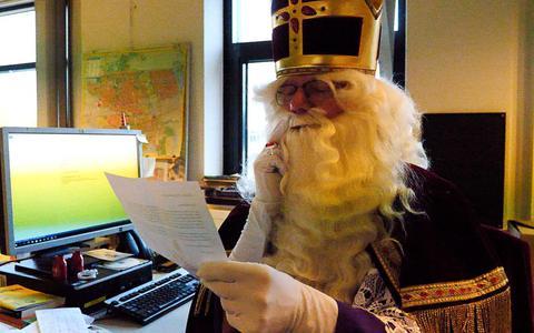 De brieven van lezers lagen al op Sinterklaas te wachten.
