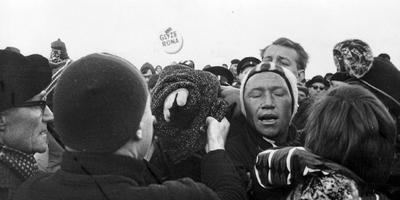 Reinier Paping eindigde finishte in de Elfstedentocht met strenge vorst in 1963 als eerste. FOTO ANP