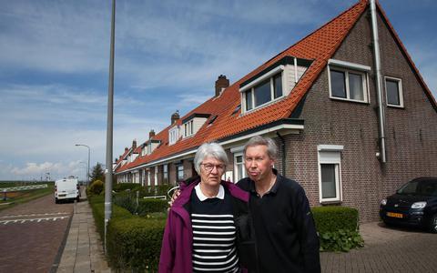 Bericht vanuit bouwput Kornwerderzand: 'Onze dakpannen zijn fout, maar verder mag hier alles'