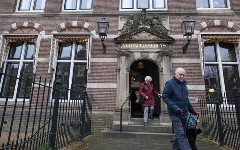 Binnenkijken in het Nieuw Sint Anthoon in Leeuwarden: efficiënt, comfortabel en ouderwets sjiek