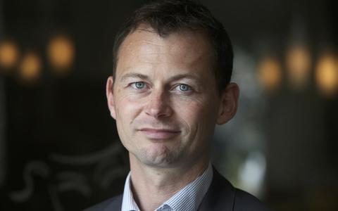 Marco Florijn, oud-wethouder van Leeuwarden en Rotterdam, is nu voorzitter van de Nederlandse vereniging van Volkskrediet. De overheid is volgens hem de oorzaak van veel schulden. FOTO NIELS WESTRA