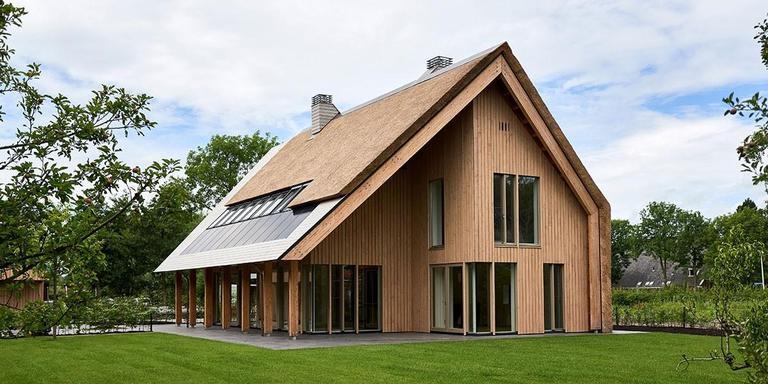 Woning aan de Ee, Leeuwarden. Achterbosch Zantman Architecten, Leeuwarden. Projectarchitect: Bart Cillissen. Opdrachtgever: Familie Brouwer.