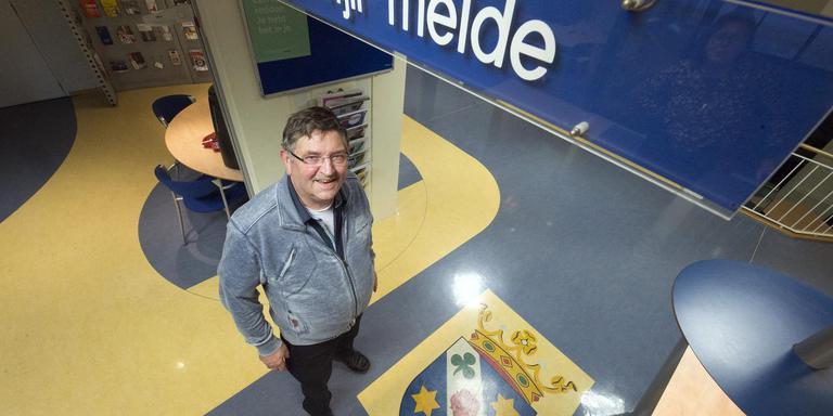 Gosse Hiemstra is jarenlang raadslid geweest in Littenseradiel. Zijn gemeente verdwijnt en hij komt niet terug. FOTO MARCEL VAN KAMMEN