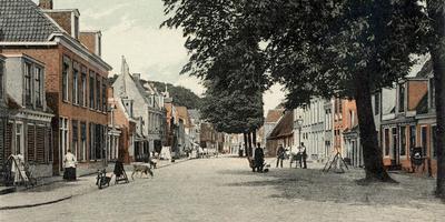 Een vooroorlogse foto van de Nieuweburen, waar in die tijd nog veel Joodse Leeuwarders woonden.