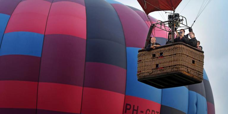 Hoeveel passagiers een ballon kan meetorsen, hangt af van de buitentemperatuur. FOTO NIELS DE VRIES