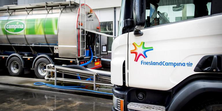 FrieslandCampina wil meer controle op de melkaanvoer om boeren een hogere melkprijs te kunnen uitkeren.