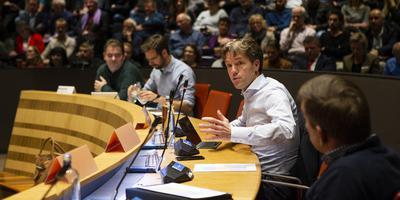 Peter de Visser van Incluzio tijdens een eerder debat over de kwestie. FOTO HOGE NOORDEN/JAAP SCHAAF