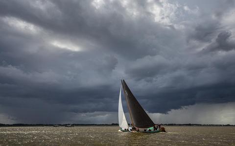 Wind uit alle hoeken in onvoltooide thriller op Sleattemer Mar