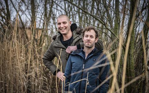 Dubbelinterview: Maarten van der Weijden en Kay van der Kooi (de echtgenoot van Paulien van Deutekom) zwommen zij aan zij tegen kanker