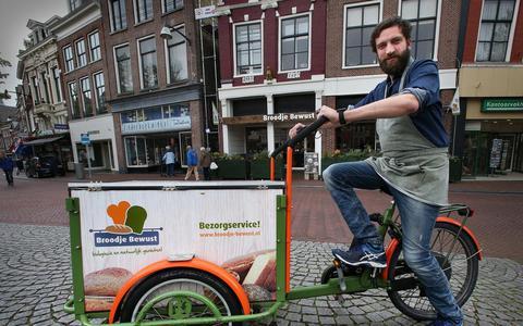 Bezorgfiets verdringt scooter uit straatbeeld
