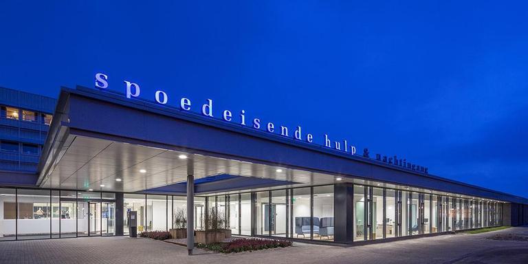 Spoedeisende Hulp Medisch Centrum, Leeuwarden. IAA Architecten, Amsterdam. Projectarchitecten: M. Booltink, R. Horstman. Opdrachtgever: Medisch Centrum Leeuwarden. FOTO LAURENS KUIPERS