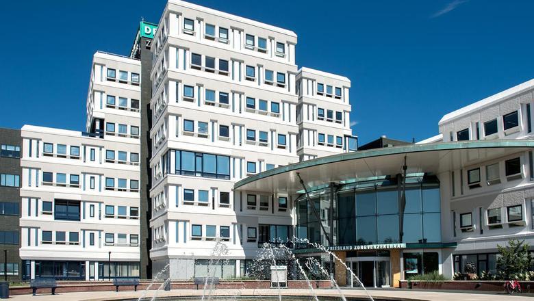 Het hoofdkantoor van De Friesland in Leeuwarden. FOTO JILMER POSTMA