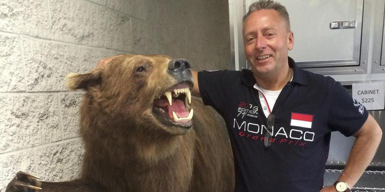 Siep Anema uit Anjum nam onlangs afscheid van zijn grizzlybeer.