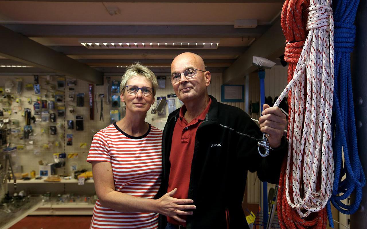 James en Betty Witteveen: ,,Ondanks dat we zelf niet veel zeilden, hielden we de markt heel goed in de gaten.''