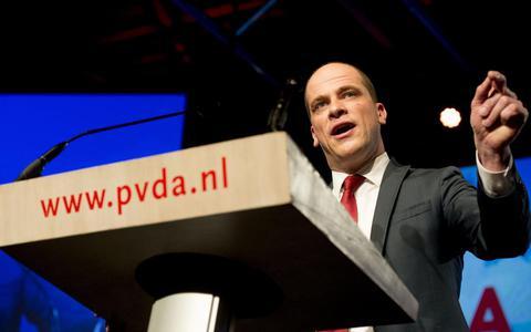 Links pamflet van Friese PvdA'ers