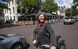 Grotere terassen betekenen ook minder ruimte voor fietsers en voetgangers, stelt Marianne Borgman van de Fietsersbond.