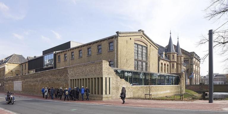 Blokhuispoort, Leeuwarden. TWA Architecten, Burdaard. Projectarchitect: Bauke Tuinstra. Opdrachtgever: BOEI Amersfoort.