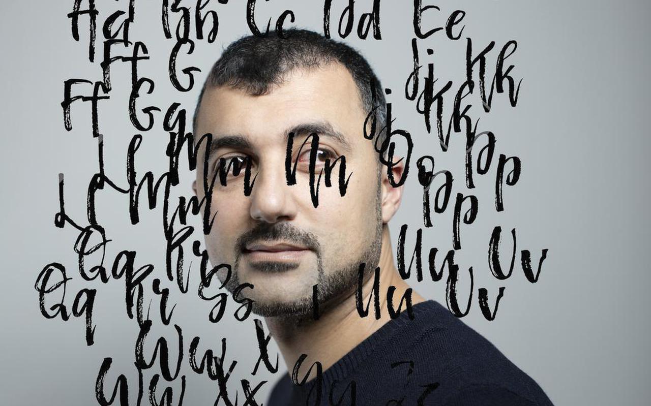 """Özcan Akyol: """" Ik kan niet hebben dat mensen worden buitengesloten. Ik heb zelf veel te lang ervaren hoe dat is."""""""
