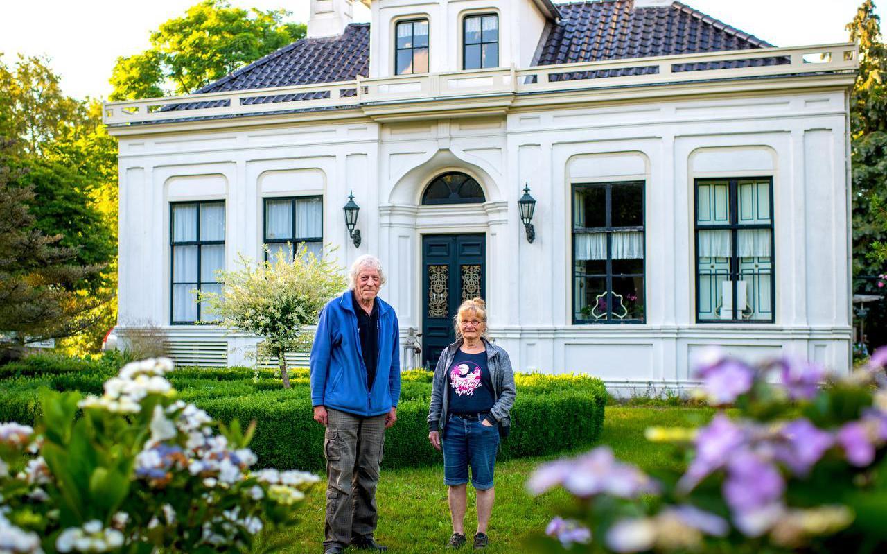 De oudste state van Beetsterzwaag zit vol verhalen, weten bewoners Gerrit en Anky Hoekstra.