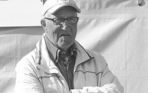 Dicky van der Zee: kaatser met 'in linich polsslachje