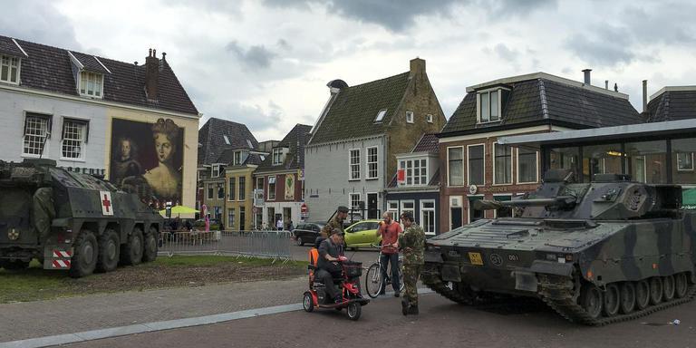Leeuwarden maakt zich op voor infanterieregiment. FOTO LC/ARODI BUITENWERF