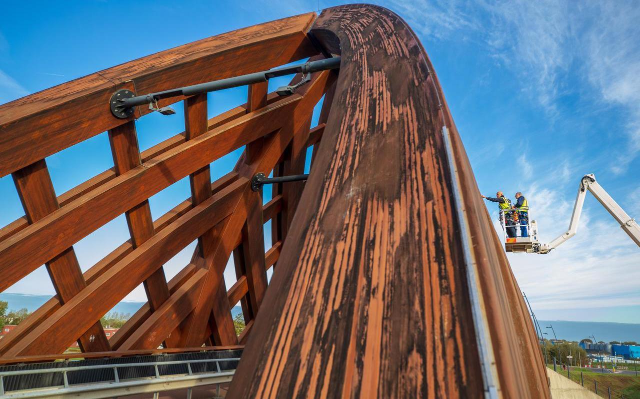 Een van de bruggen tijdens een inspectie.