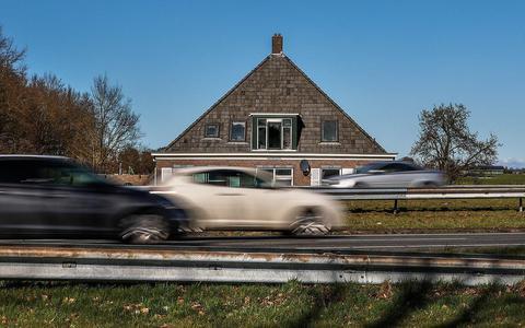Het verkeerslawaai in Friesland breidt zich als een olievlek uit (en bij de Wâldwei is het probleem het grootst)