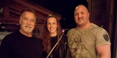 Jitse Kramer (rechts), met links Arnold Schwarzenegger