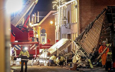 Drachtster team haalt Kenan emmertje voor emmertje onder puin vandaan in Coevorden