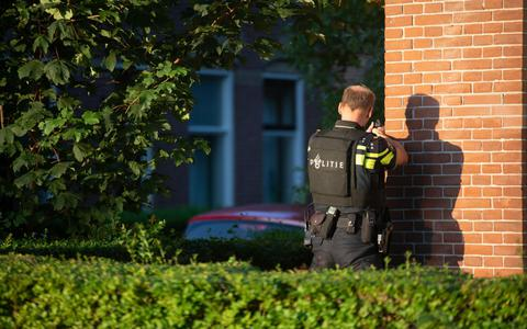 De politie heeft maandagavond meerdere schoten gelost in de buurt van De Centrale in Leeuwarden.