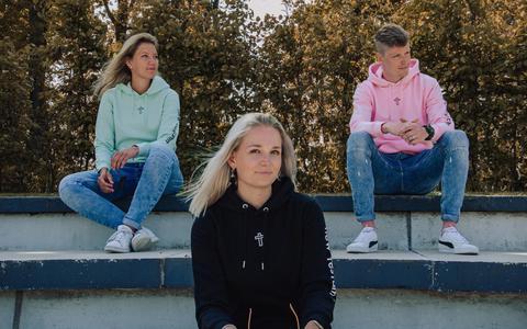 Sander Jongsma (24) vond geen leuke shirts, dus begon hij zelf een christelijke kledinglijn