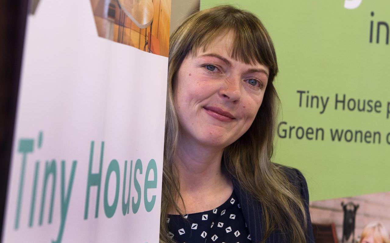 Marjolein Jonker: ,,Tiny houses zijn een trend. Geen hype.'' FOTO HOGE NOORDEN/JAAP SCHAAF