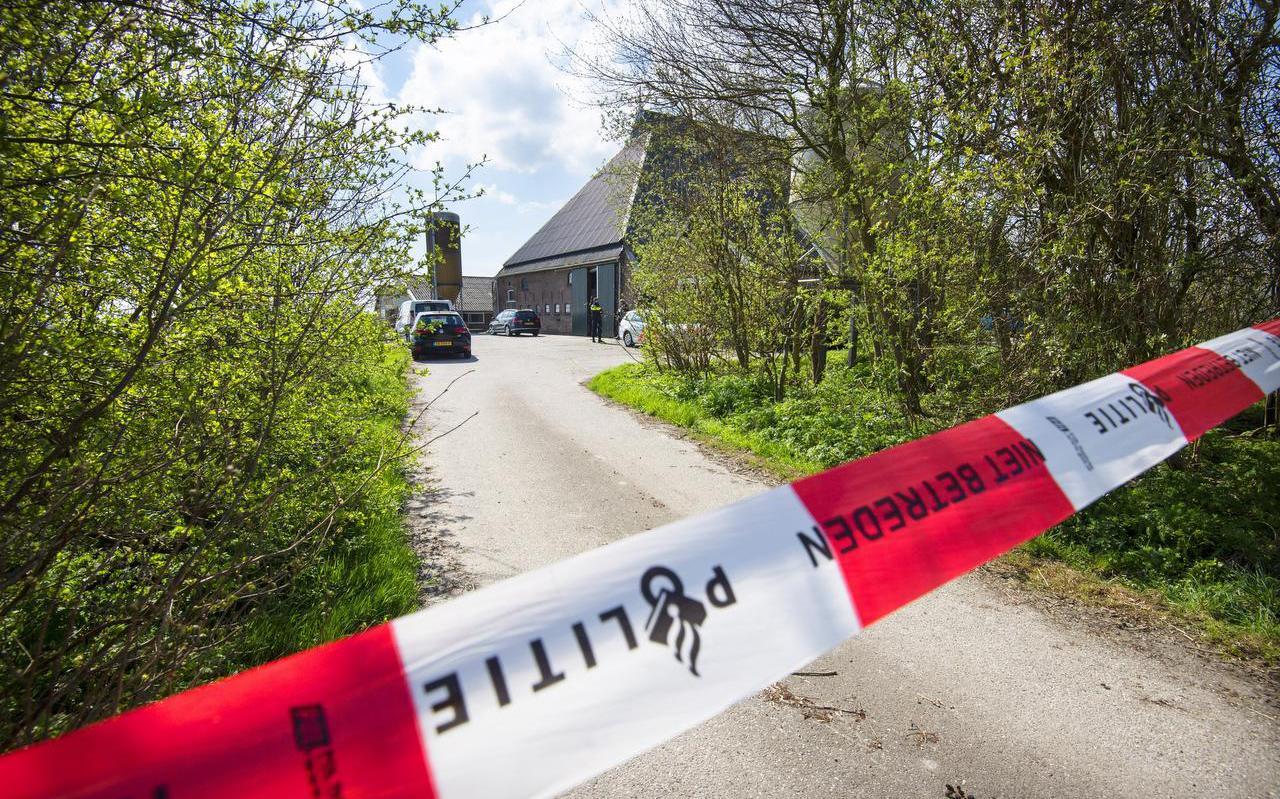 De boerderij waarin de hennepkwekerij zat aan de Iedyk.  FOTO MARCEL VAN KAMMEN