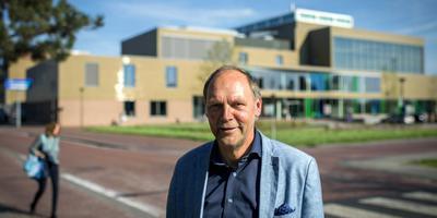 Sipke Hoekstra (VVD) is de voorzitter van de raadsenquête die onderzoek doet naar het raadsdebacle. ,,Wy wolle witte wa wat wist op watfoar momint.'' FOTO JILMER POSTMA