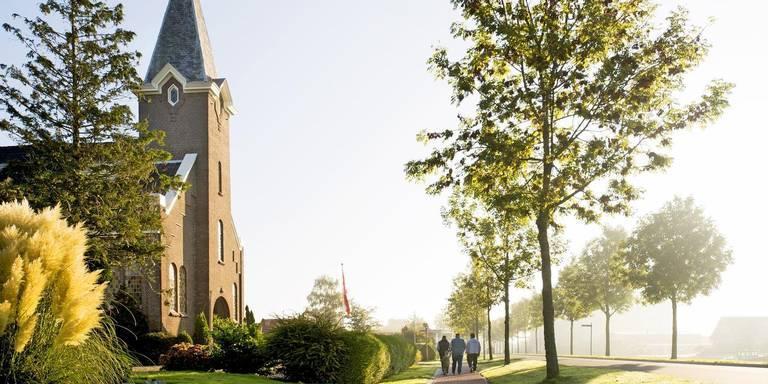 In Gerkesklooster regelt de Dorpsraad het groenonderhoud zelf. ARCHIEFFOTO MARCEL VAN KAMMEN