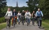 Toeristisch rondje om Leeuwarden: De paden op en de lanen in met een picknicktas