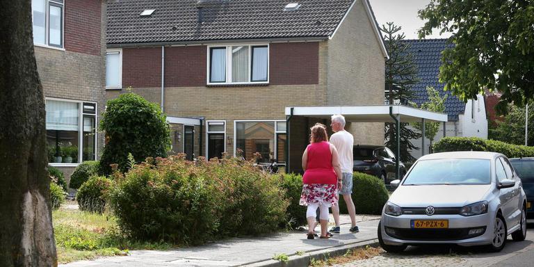 De huurwoningen in de Van Wijngaardenstraat in Sint Jacobiparochie worden door de corporatie niet meer verkocht. FOTO NIELS WESTRA